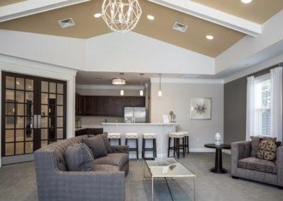 Warminster apartment resident lounge at Jacksonville Station