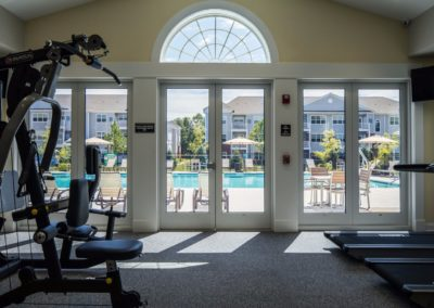 on-site fitness center in Jacksonville Station's Warminster apartment building