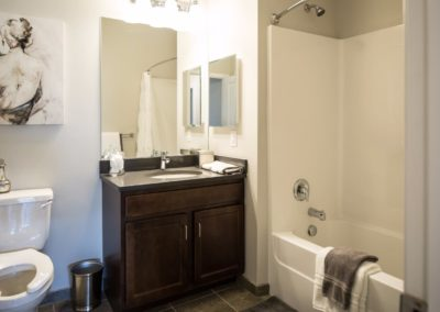 Jacksonville Station apartment bathroom in Warminster, PA